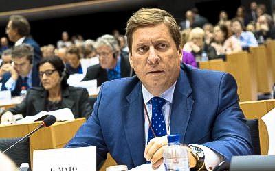 Gabriel Mato y Francisco Millán instan a la Comisión Europea a que realice gestiones diplomáticas para apoyar el relevo de las tripulaciones pesqueras en terceros países