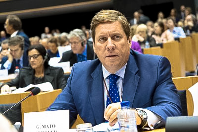 Gabriel Mato alerta a la UE de que la supervivencia del sector primario de Canarias depende del mantenimiento del POSEI